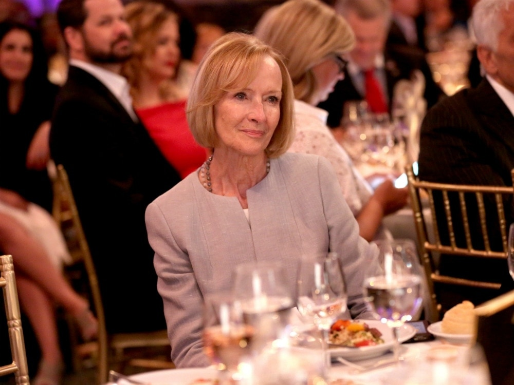 Judy_Woodruff_at_the_Gracies_2018