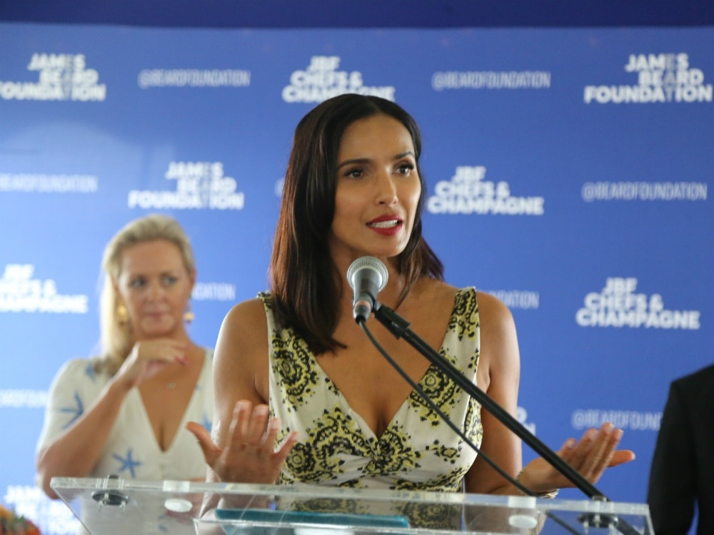 Padma_Lakshmi_speaking_at_Chefs_and_Champagne