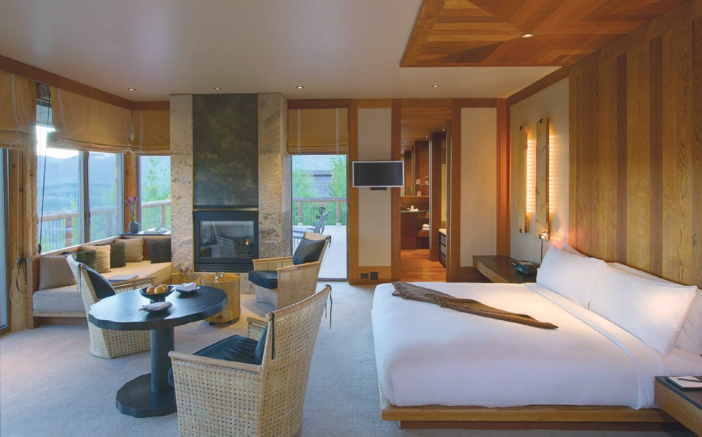 The suites at Amangani optimize mountain views with floor-to-ceiling windows and feature crisp, geometric lines, plenty of seating areas and optimal space for relaxation PHOTO COURTESY OF AMAN