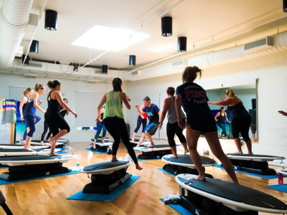 surfset-fitness-early-workout-classes.jpg